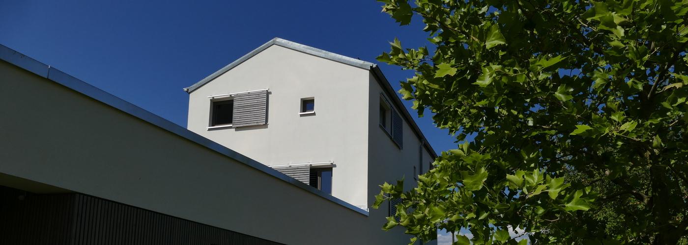 Pfarrhaus Alerheim im Sonnenschein